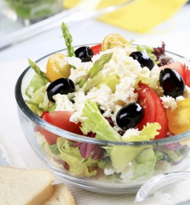 3173236-greek-salad
